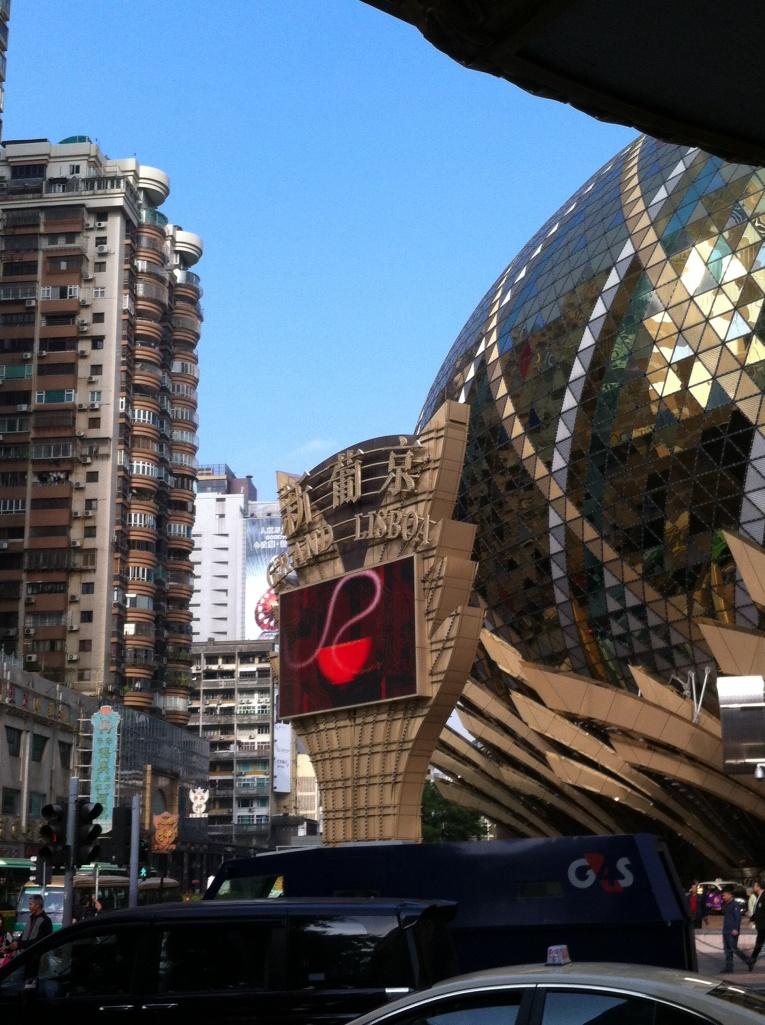 Hotel e Cassino Lisboa, um dos mais tradicionais de Macau.