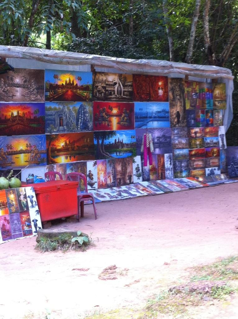 Artesões locais e suas pinturas