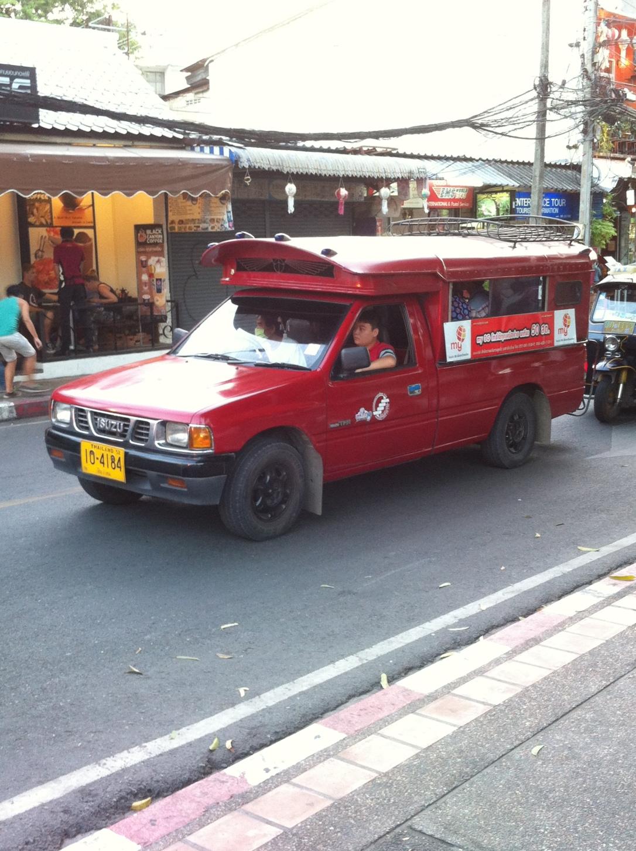 ônibus coletivo  em Chiang Mai