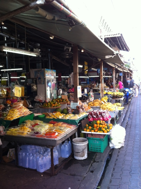 Visita ao mercado antes de seguir para a Smartcooking