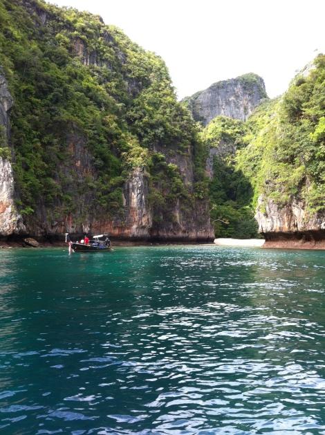 Ponto perfeito para snorkel antes de chegar em Maya Bay;