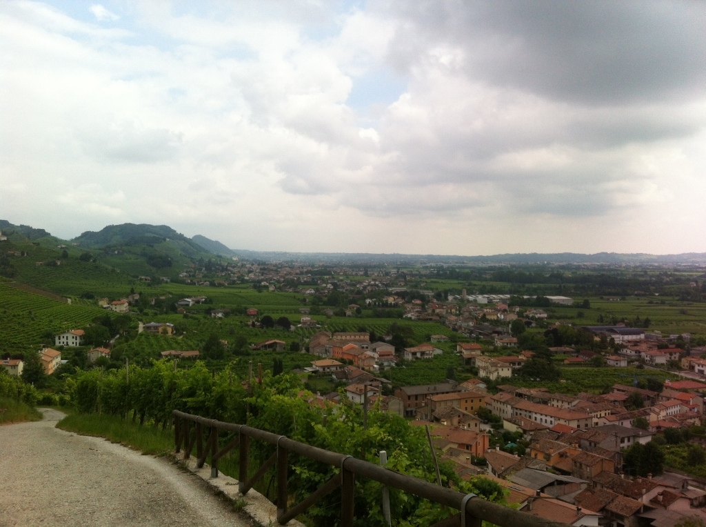 Vista panorâmica de Col San Martino.