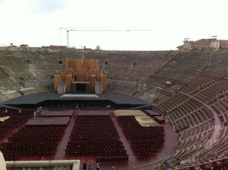Interno da Arena de Verona.