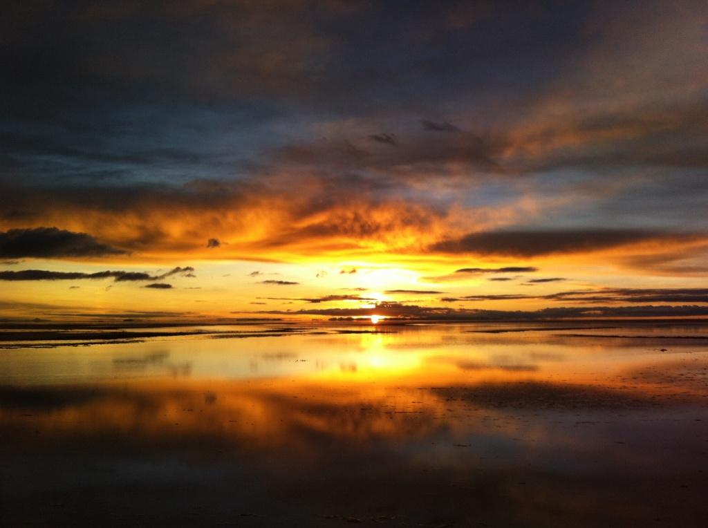 Amanhecer no Salar de Uyuni