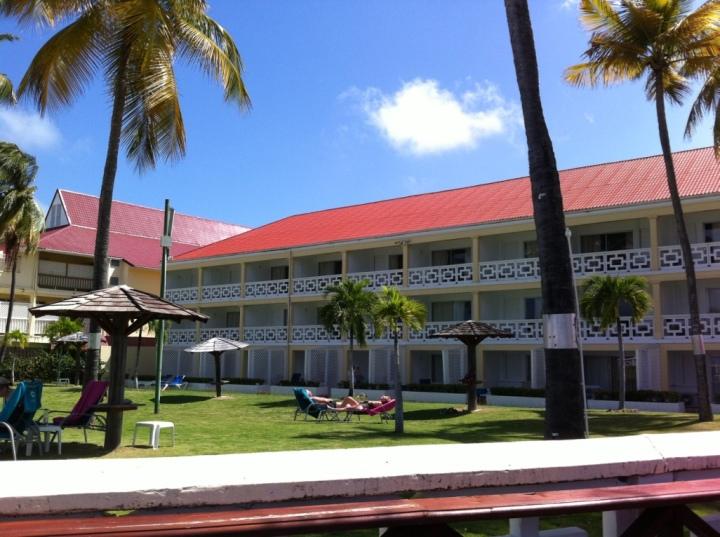 Hotel em frente a praia de Rodney Bay